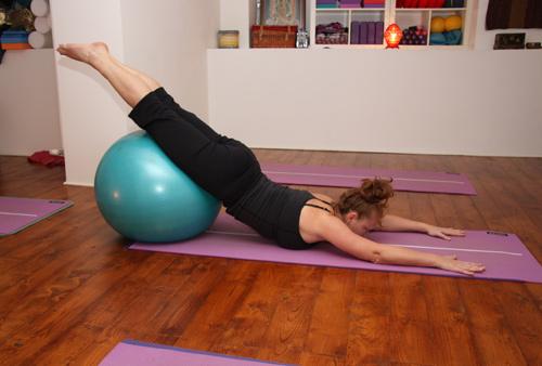 alessandra margarito yoga practice